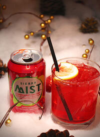 Holiday_Cocktail_-_Cran-dy_Cane