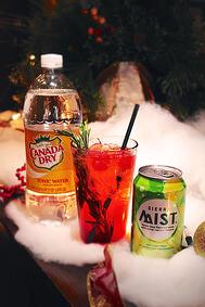 Holiday_Cocktail_-_The_Mistletoe