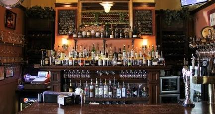 St.Cloud-Veranda-Lounge-Bernick's-partner
